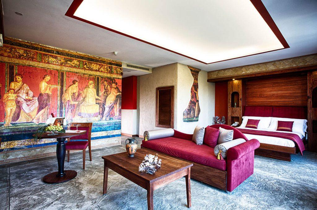 Particolare degli affreschi Suite Hotel Pompei