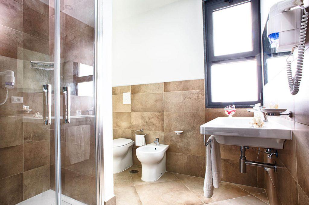 Bagno della camera Twin dell'Hotel a Pompei