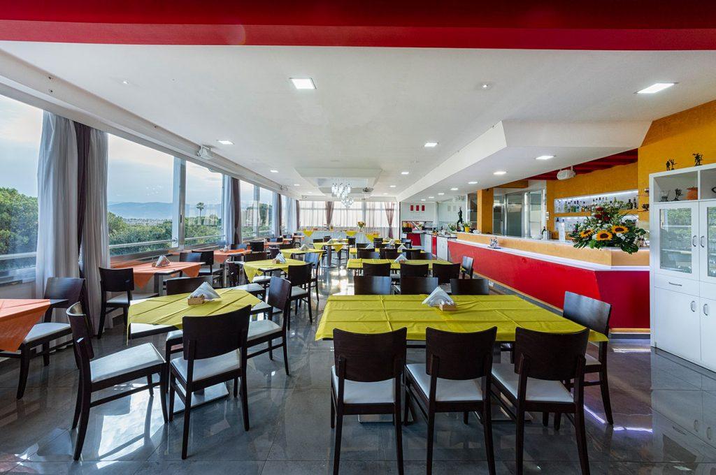 Pub del bar Hermes all'interno dell'Hotel del Sole