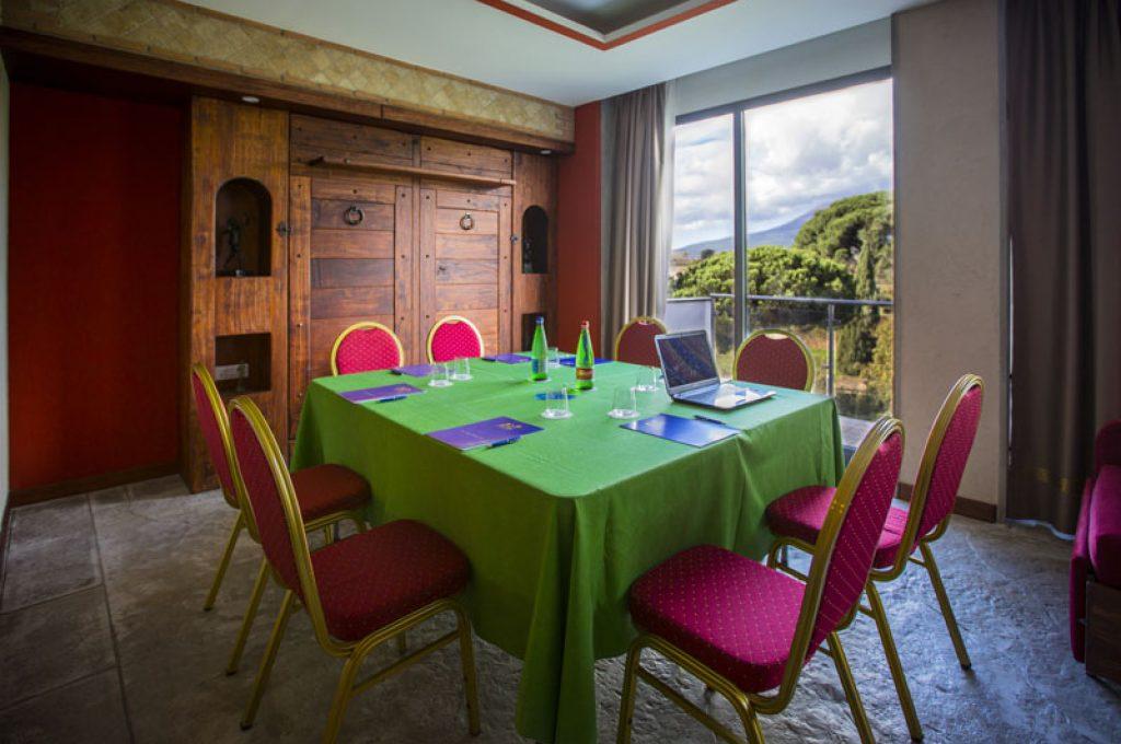Ampia sala meeting dell'Hotel del Sole a Pompei